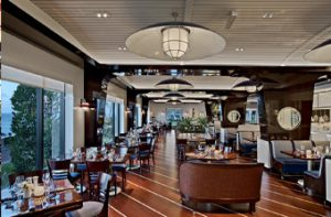 The Breakers Palm Beach, Seafood Bar