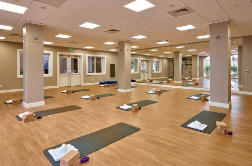 WoodfieldSalon FitnessStudio