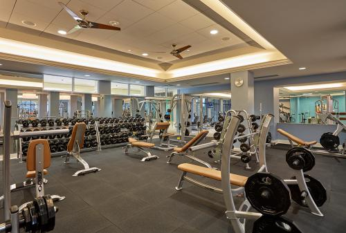 Woodfield Fitness-FreeWeights 1