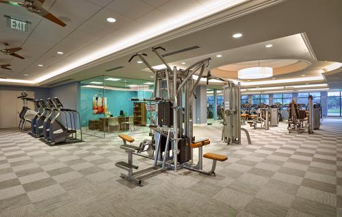 Woodfield Fitness-Machines 1